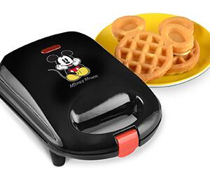 Disney DCM-9 Mickey Mini Waffle Maker
